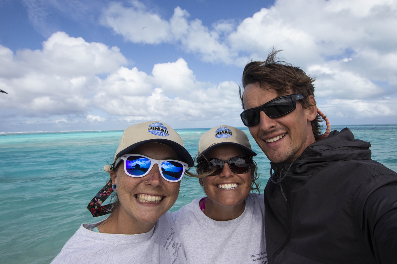 Turtle researchers Lindsey,Marylou and Jan Willem at French Frigate Shoals.