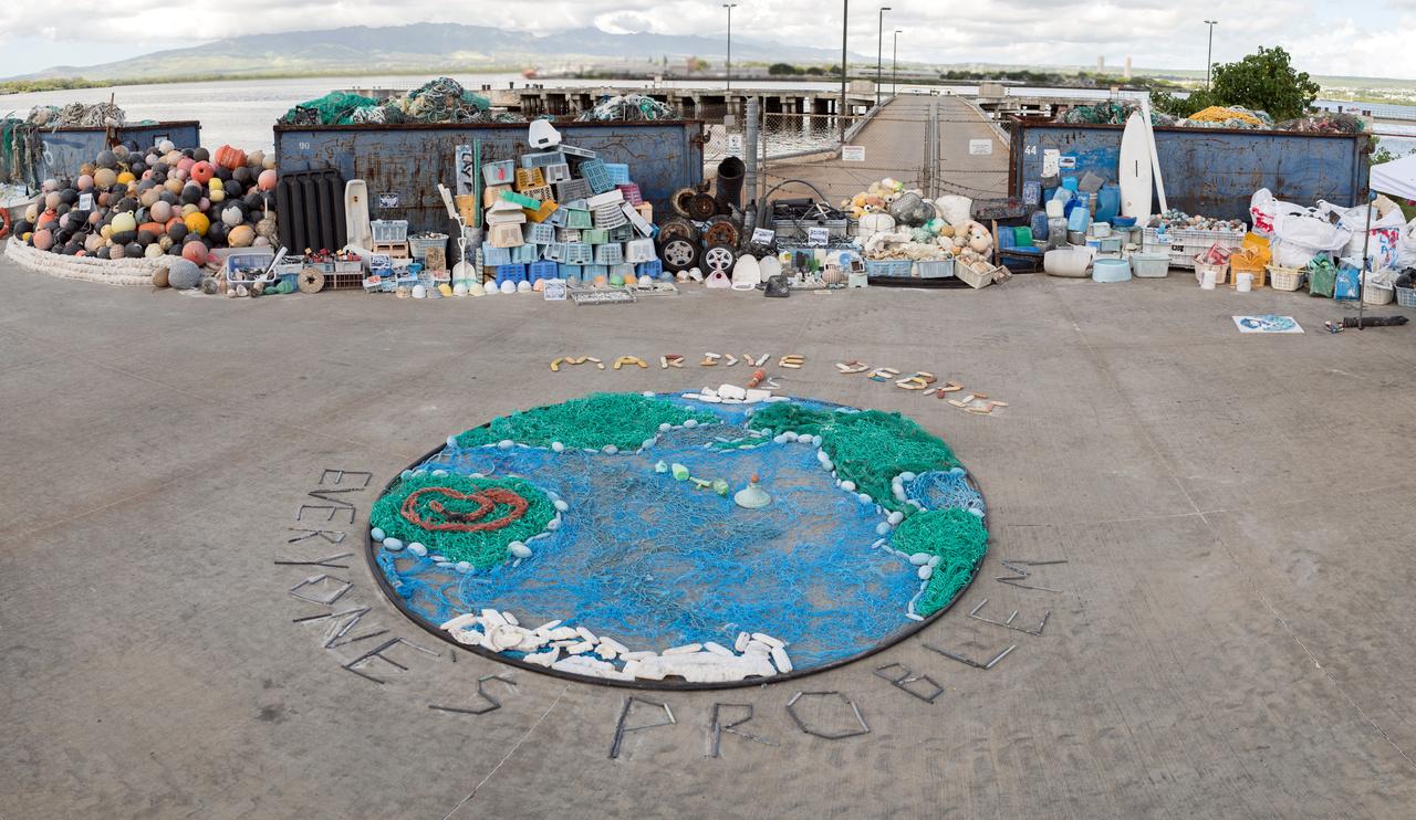 A world of marine debris