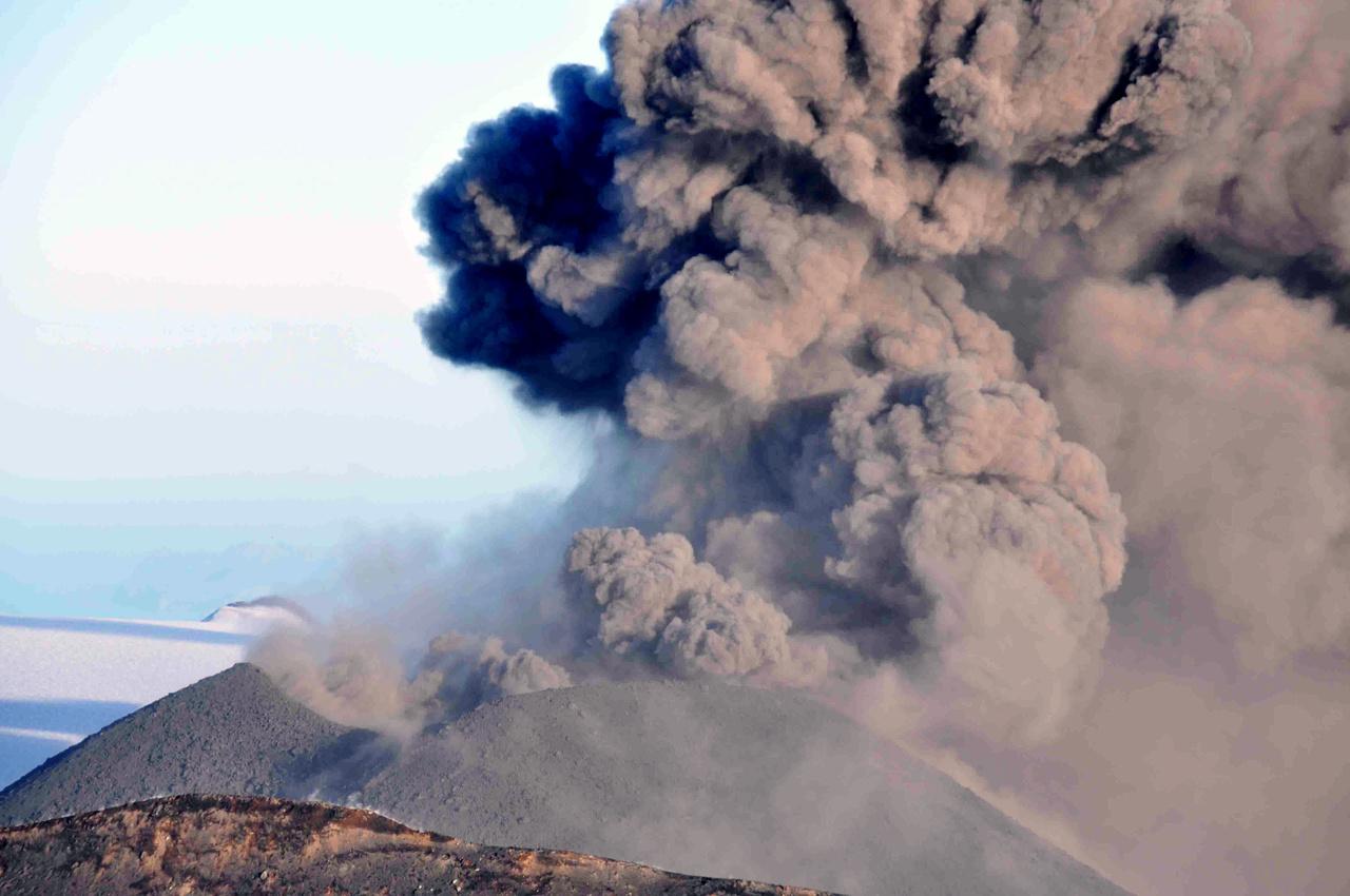 Ash erupts from Veniaminof volcano near Chignik, Alaska, August 18, 2913, Photo Credit: Game McGimsey
