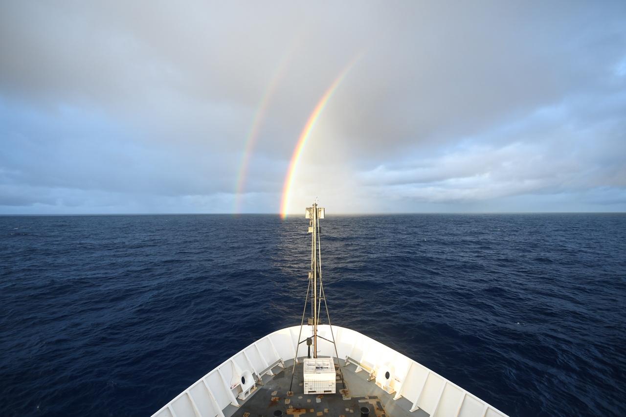 08_Rainbow.JPG
