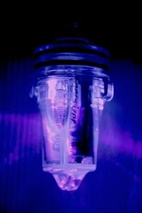 Battery-powered UV LED light stick