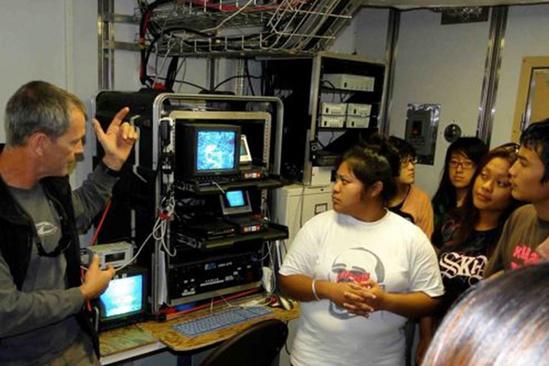Mariana High School students in operating room on NOAA ship.