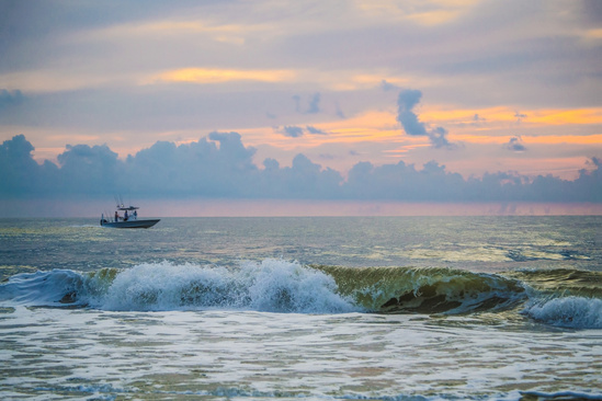 750x500-boat-at-sunset-iStock-679842136.jpg