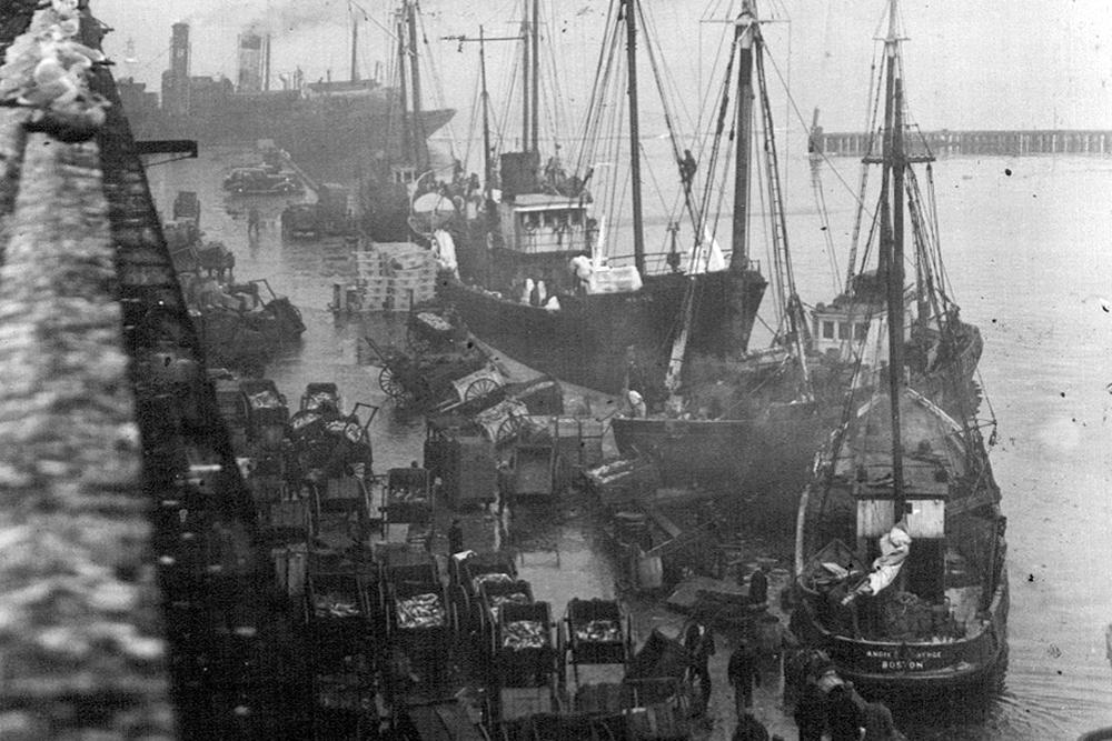 Boston Fish Pier in the 1930s.