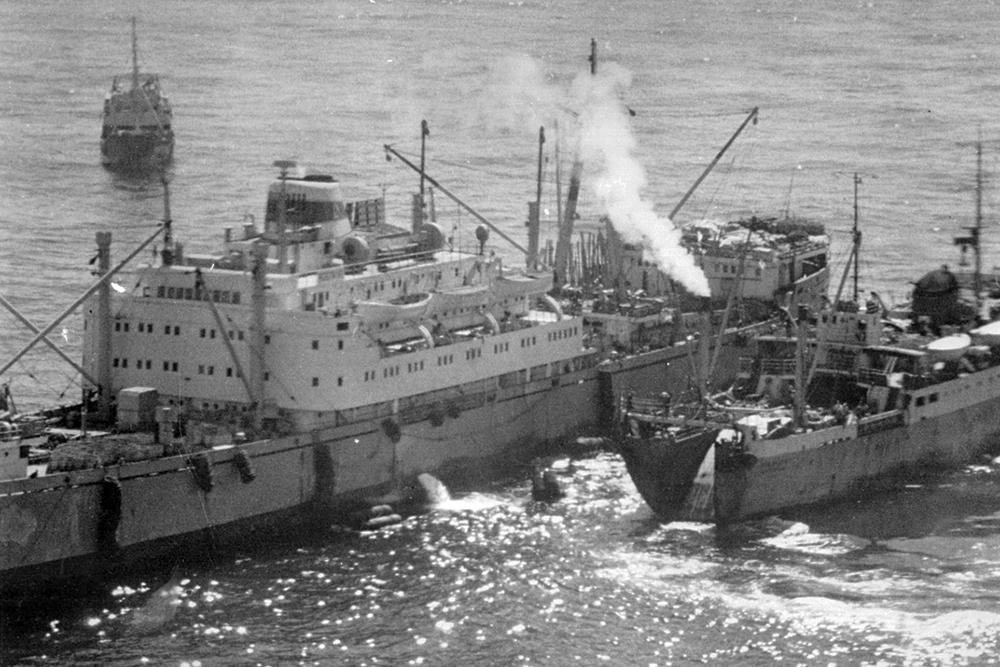 Russian vessels, 1965.