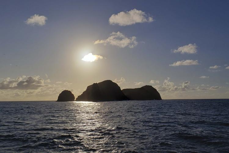4032x2268-Sunrise Mokumanana.jpg