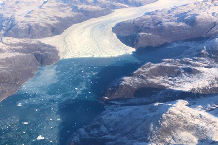 Greenland-ice-sheet-tongue-750x500.jpg