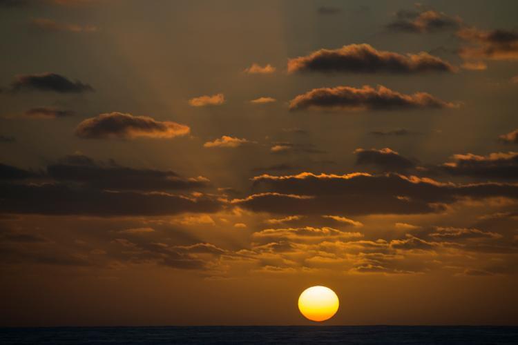hawaiian_sunset_ba_med.jpg