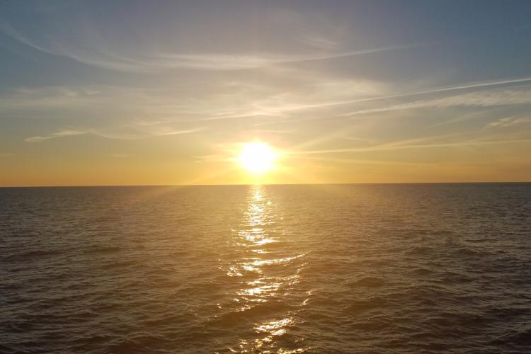 ocean-sunrise.jpg
