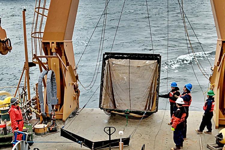Saildrones_Head_to_the_Arctic-Survey-Images (2).jpg