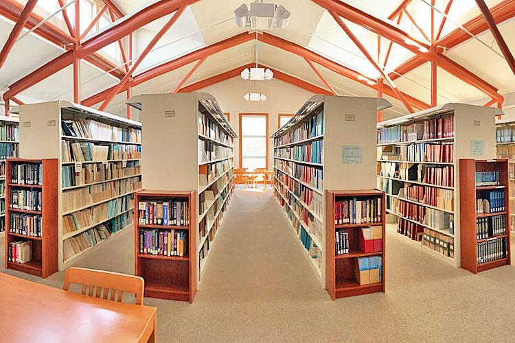SWFSC-Santa-Cruz-library-1.jpg
