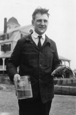 Galtsoff at the Woods Hole Laboratory, 1923, The residence is in the background.