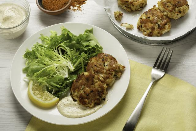 Crab cake with homemade remoulade