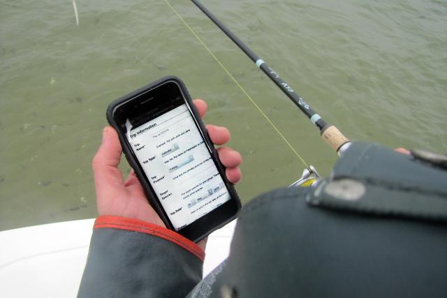 Fisherman using app_David Bard_2019.png