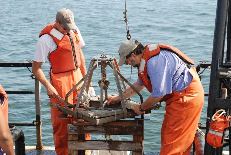 2048x1371-aquaculture-research-AQ.JPG