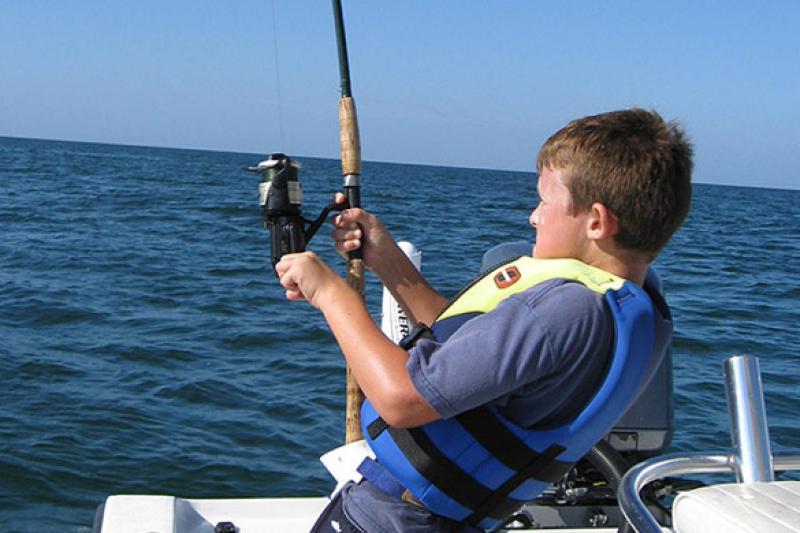 585x390-boy-fishing-gulf-florida-sf.jpg