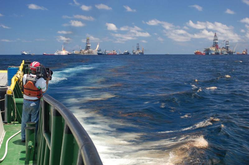 750x500-deepwater-horizon-videographer.jpg