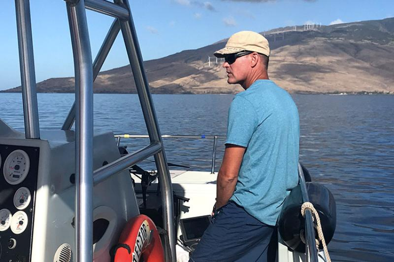 750x500-lars-bejder-on-a-boat-HIMB.jpg