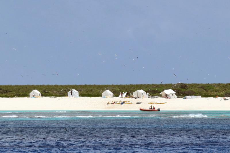 750x500-Laysan-Island-Sullivan-PIFSC.jpg