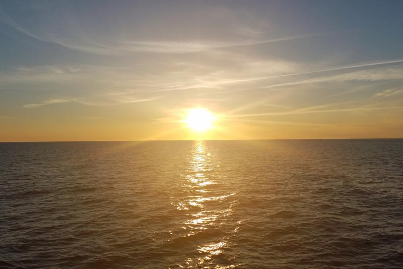 750x500-ocean-sunrise.jpg