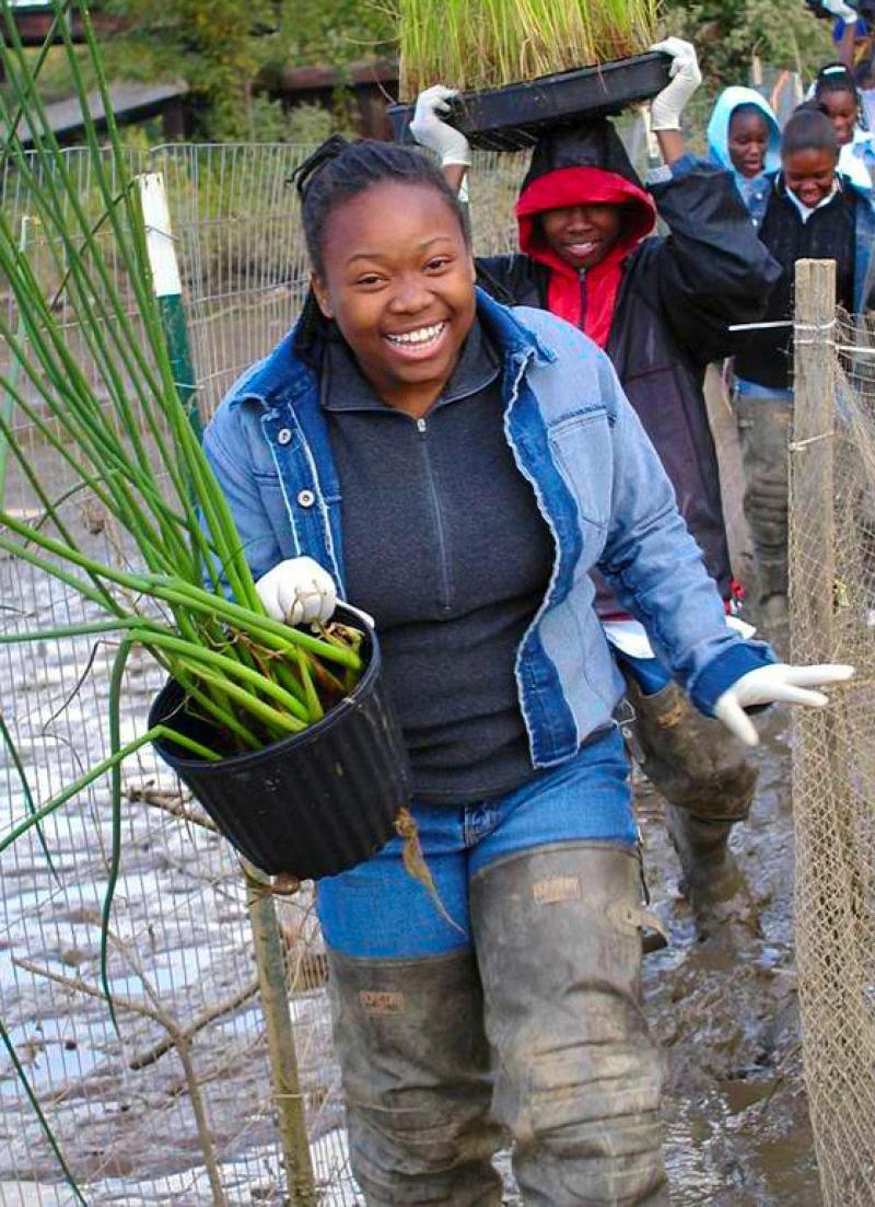 750x500-volunteer-girl-planting-OHC.jpg