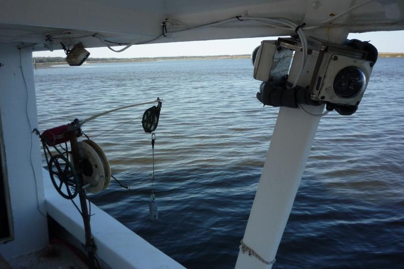 electronic-monitoring-on-fishing-boat.JPG