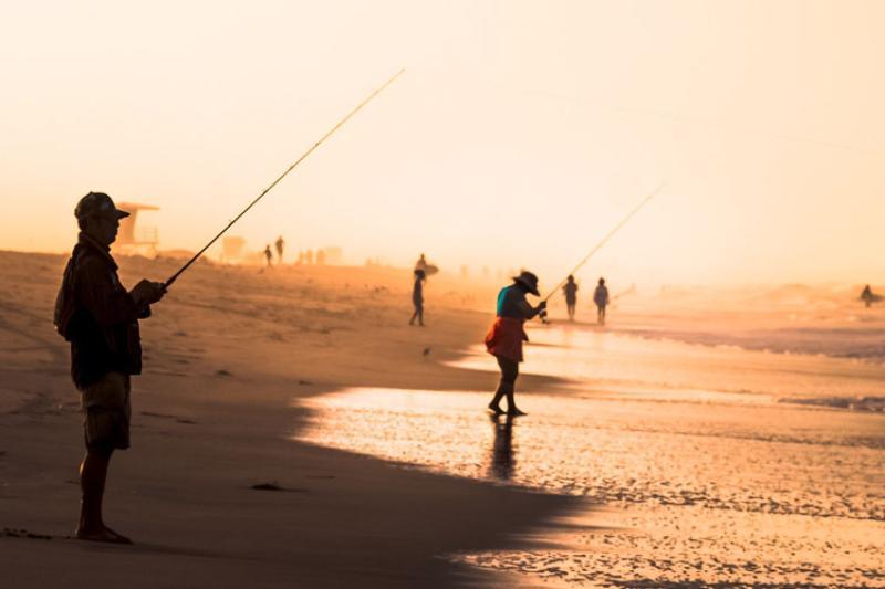 ShoreFishing_IanDKeating_Flickr.jpg